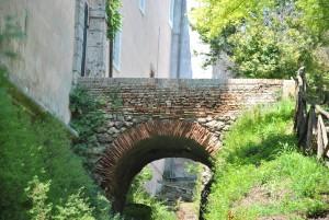 il CASTELLO DI TORRE IN PIETRA