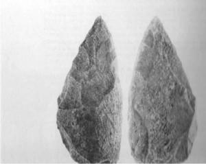 CASTEL DI GUIDO - PRIMA DELLA STORIA- Bifacciale in osso rinvenuto nel corso degli scavi del 1982