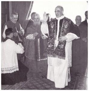 Diocesi di Porto e Santa Rufina- Papa Pio XII visita la Cattedrale (29 ottobre 1957) ricevuto dal Cardinale Tisserant