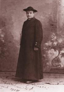 Papa Giovanni XXIII-giovane-sacerdote