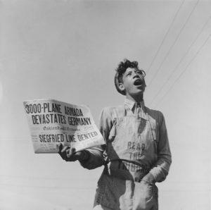 Newspaper Boy, California, 1944 (Dorothea Lange)