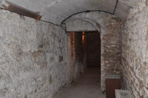 Castel Di Guido Il mausoleo