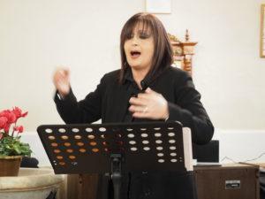 """PREMIO CAMPAGNA ROMANA 2016- ANNA DE SANTIS Maestro del Coro """"DONNE TRA LE NOTE"""" di Cerveteri , GRAZIE per il Concerto di NATALE 2016"""
