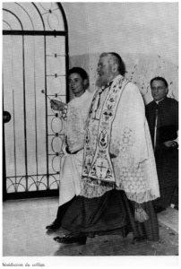 Monsignor Tito MANCINI(dietro vestito di nero) accompagna  S.E. Cardinale EUGENIO TISSERANT nella inaugurazione del Collegio Sant'Eugenio –LA STORTA .