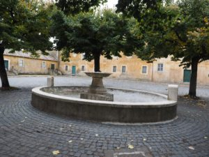 """I Fontanili della Campagna Romana-Fontana la """"BARCACCIA"""" di Santa Maria di Galeria"""