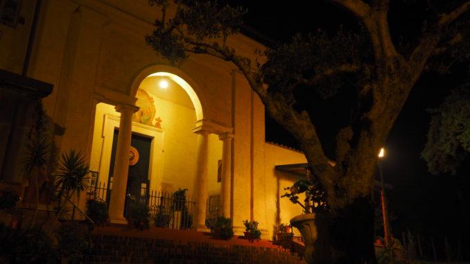 Castel di Guido Bay Night chiesa dello Spirito Santo