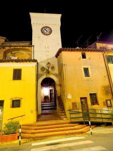Castelnuovo di Farfa-Porta Castello
