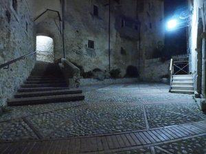 Castelnuovo di Farfa (Rieti) La Porticina-Piazza Umberto I°