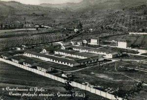 Castelnuovo di Farfa (Rieti) - Campo Profughi FARFA SABINA- Loc. Granica-foto anni 1950
