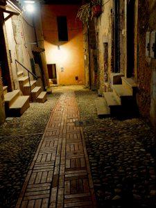 Castelnuovo di Farfa (Rieti) - Via Garibaldi