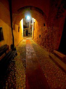 Castelnuovo di Farfa (Rieti) - Via Coronari