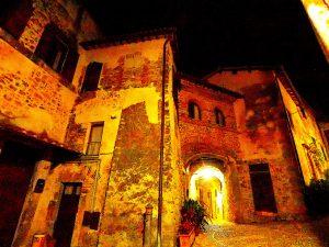 Castelnuovo di Farfa (Rieti) - Via Guglielmo Marconi-Via Arco Cherubini
