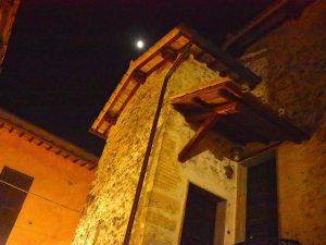 Castelnuovo di Farfa (Rieti) - Via Garibaldi-